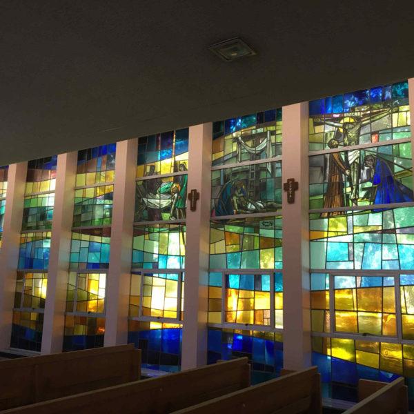 11 vetrate navata